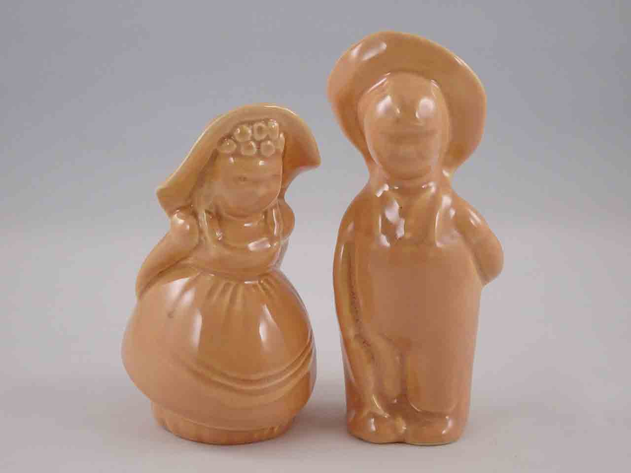 Pacific farmer & wife salt and pepper shakers