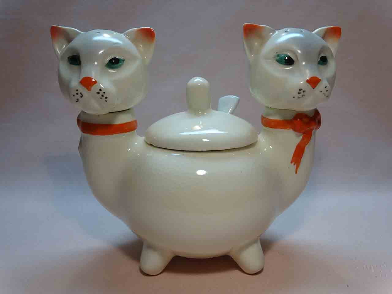 Two-headed cat condiment salt and pepper shakers from Czechoslovakia